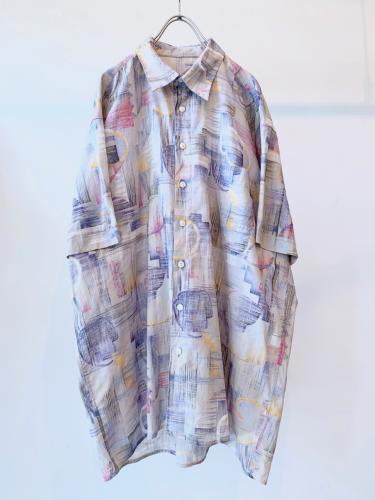 90s Design Printed Shirt