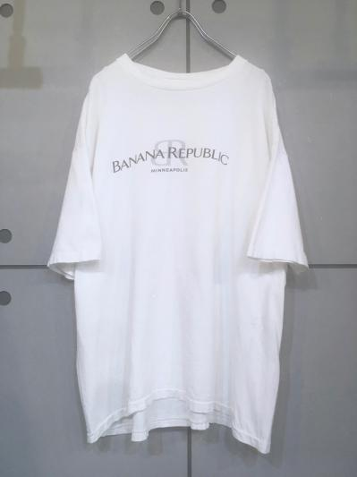 """BANANA REPUBLIC"" Design Tee"