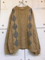 Old Design Wool Knit